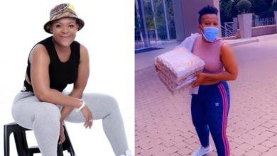 Zodwa Wabantu kisses customer for buying her eggs (Video)