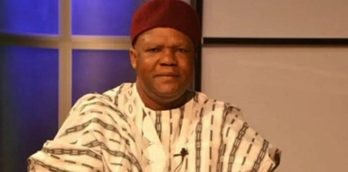 Mailafia reacts to banning sale of FX to BDCs by CBN