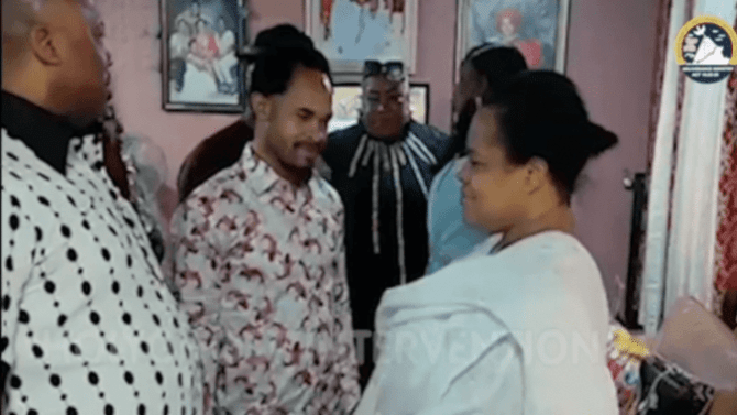Video: Odumeje pays condolence visit to TB Joshua's family