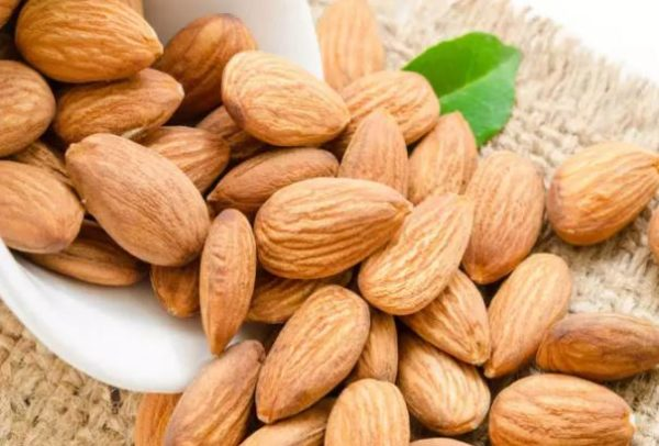 Here's why you shouldn't eat bitter almonds everyday