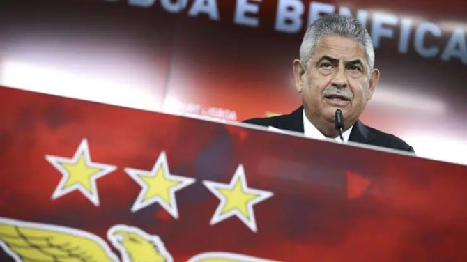Benfica president Vieira resigns amid accusations of tax evasion