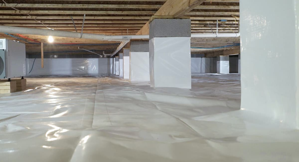 A finished crawl space repair completed by a crawl space repair specialist.