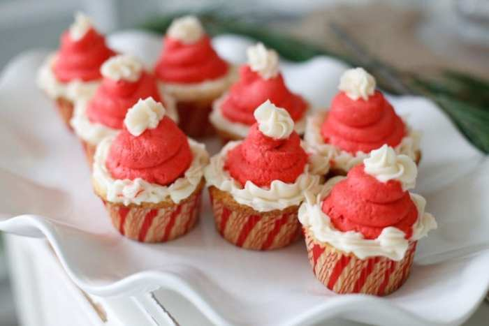 Egg Nog-Cocktails-Cupcake-Recipe-Foodie-Blogger-Recipe-Santa (10 of 10)