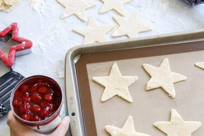 American Pie Cupcake - Miss American Pie - American-Pie-Cupcakes-Recipe-Americana-Fourth of July-14