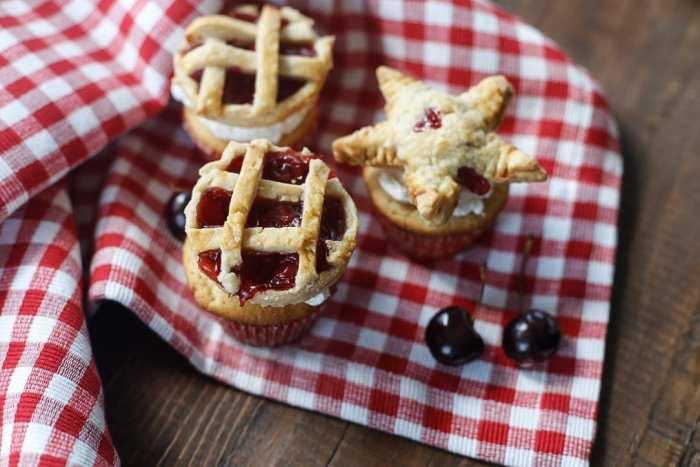 American Pie Cupcake - Miss American Pie - American-Pie-Cupcakes-Recipe-Americana-Fourth of July-35