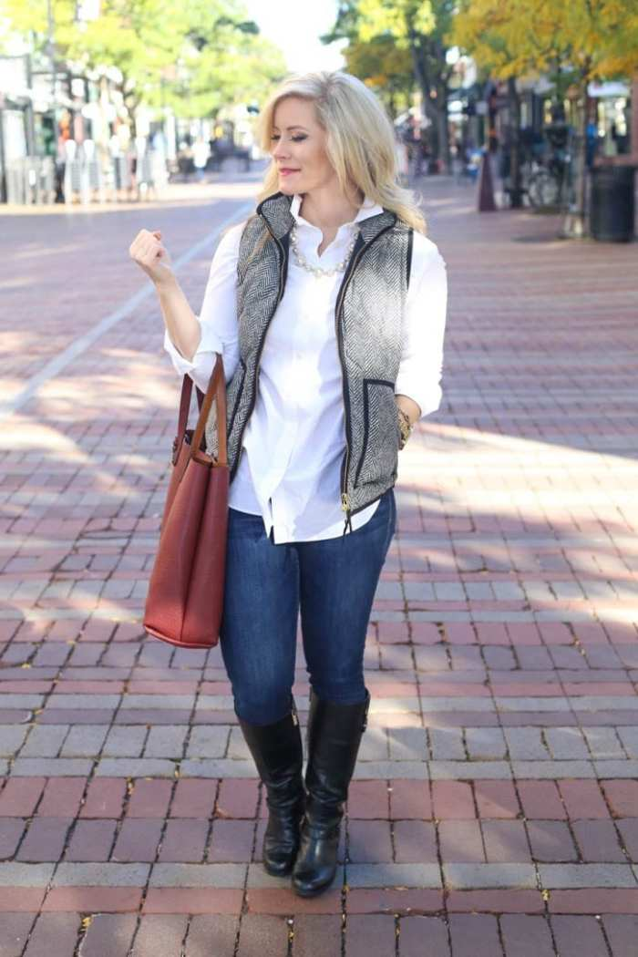 Blogger, Ashley Pletcher wears the iconic J.Crew herringbone vest for a casual Fall look.