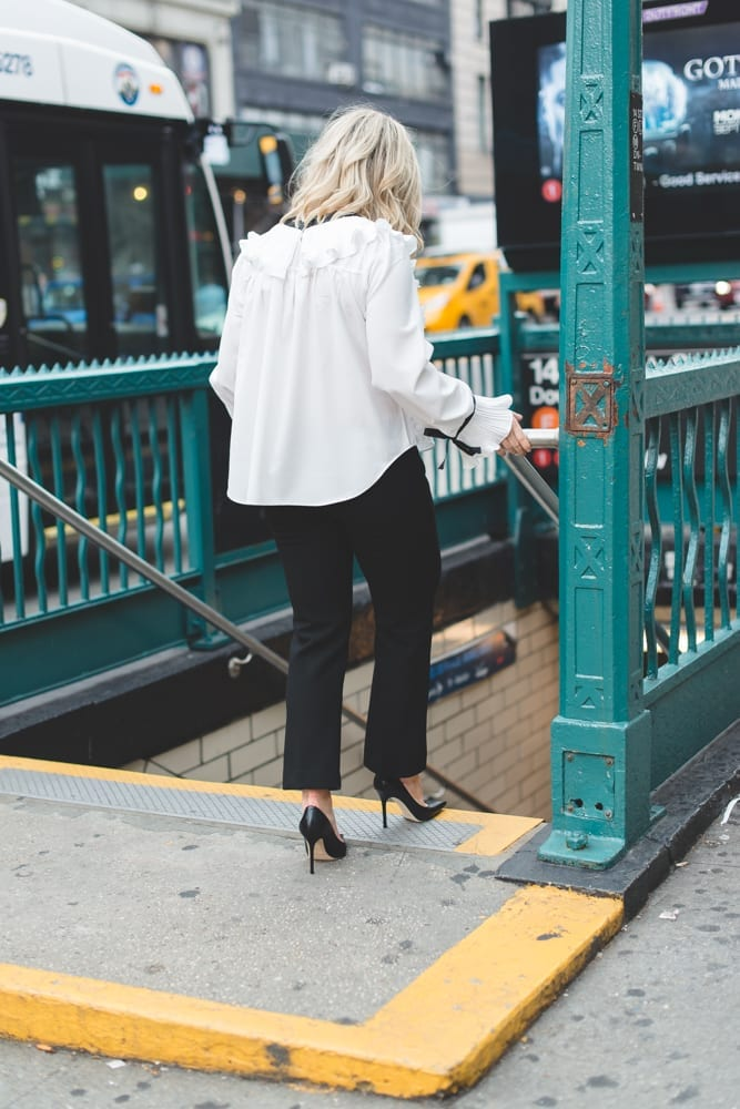 Blogger of Afternoon Espresso rushes from show to show during NYFW on the NYC Subway!