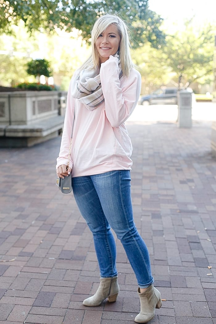 Ashley Pletcher, blogger of Afternoon Espresso, shares her Fall essentials with this blush tunic from The Mint Julep Boutique, AG denim, a neutral Sole Society bootie, and the perfect Gigi New York Crossbody bag!