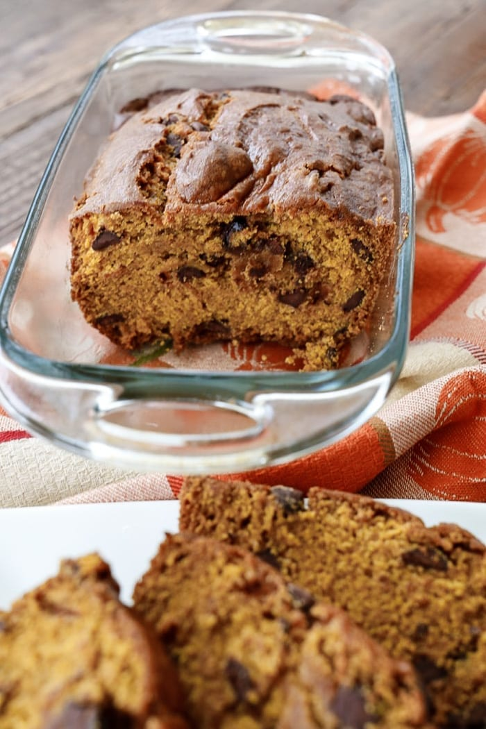 super-moist-pumpkin-chocolate-chip-bread-recipe-x-afternoon-espresso-blog-1-3