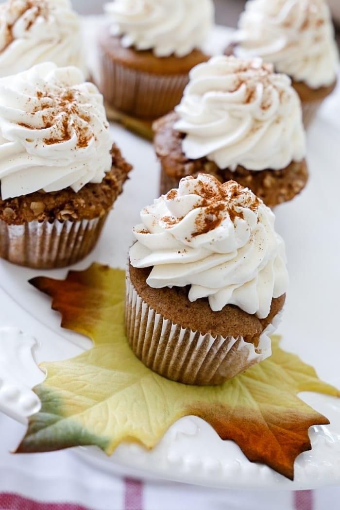 apple-crumble-cupcake-recipe-1-2