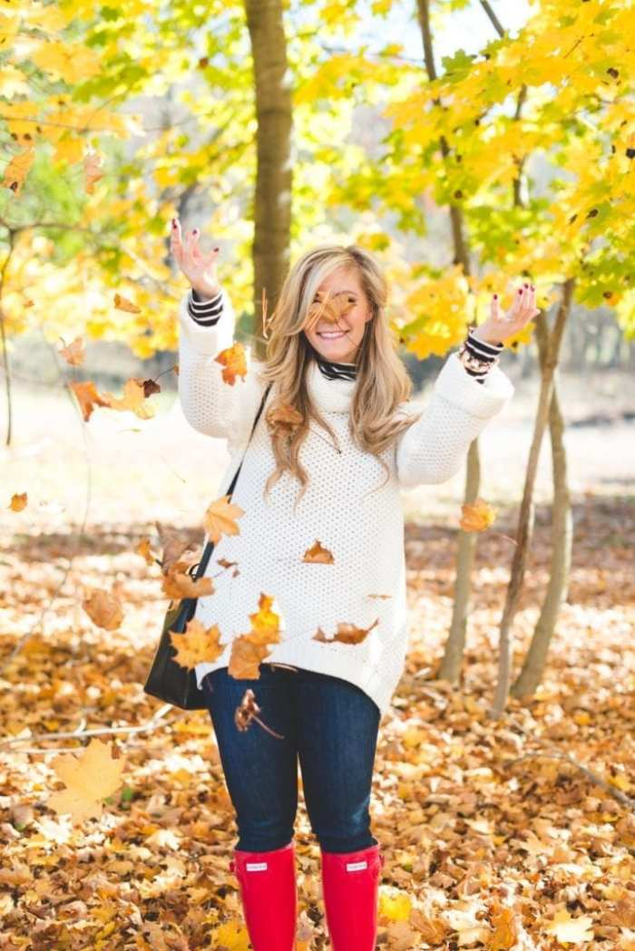 fall-fashion-cozy-sweater-forever-21-hunter-boots-mansur-gavriel-handbag-2