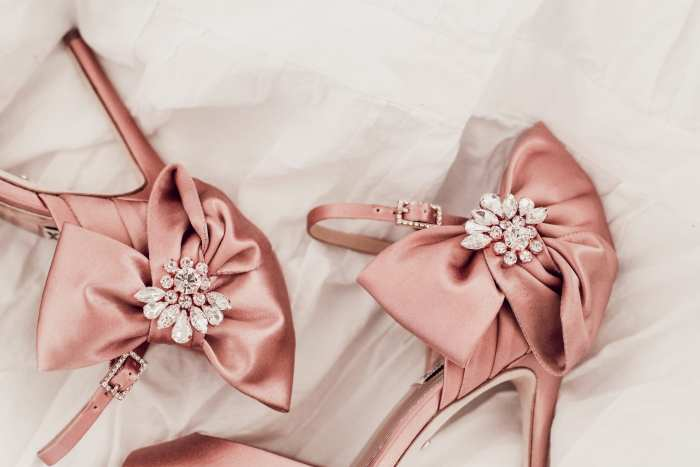 Spring Style and Beauty Must Haves - Badgley Mischka Pumps