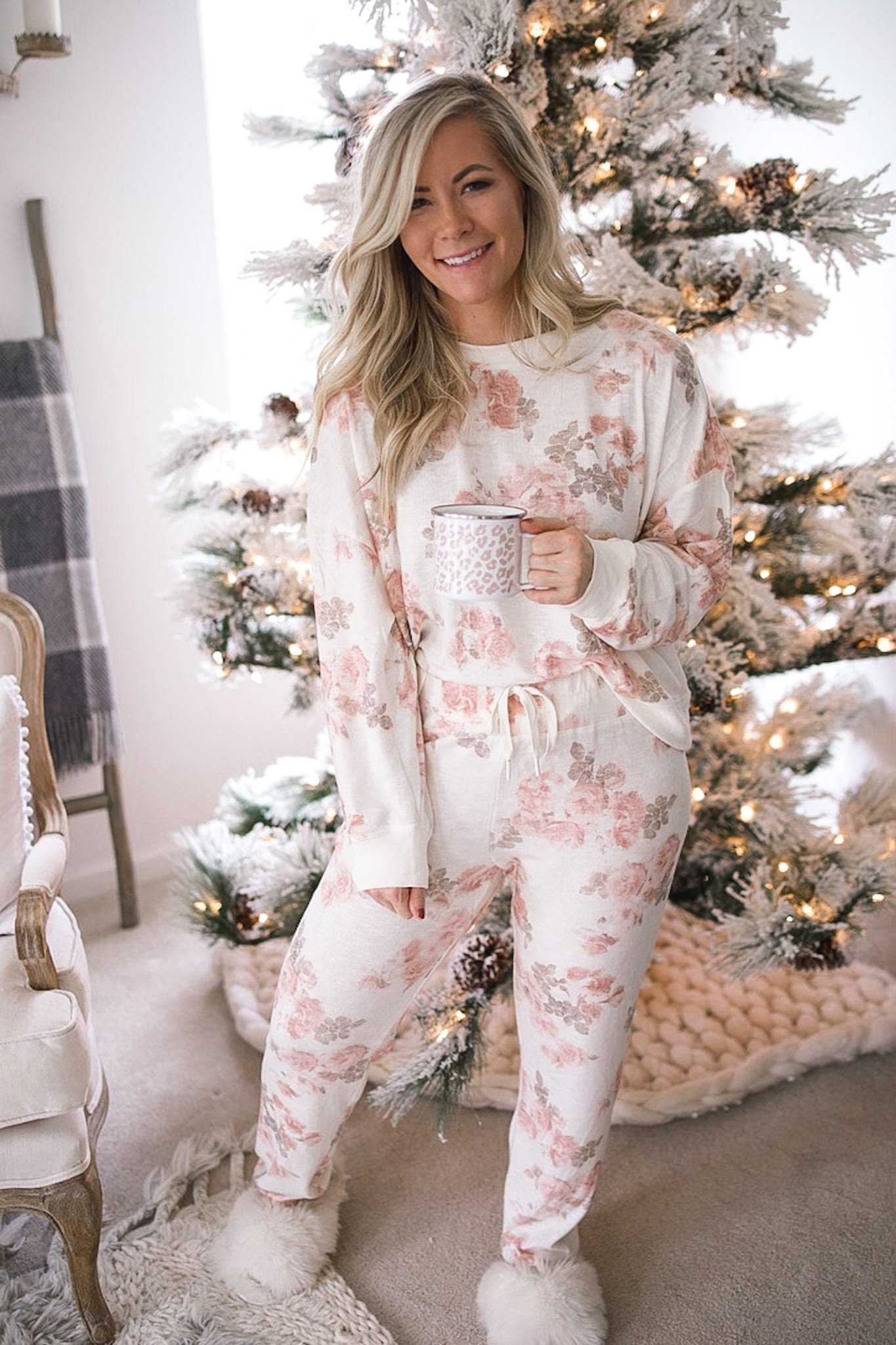 Santa Baby, Hurry Down the Chimney with my Holiday Wish List (that is on Sale!)