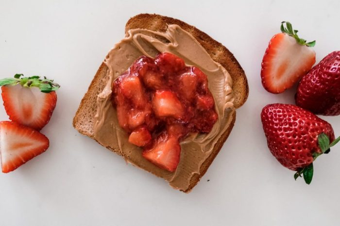 4 nutritious toast recipes - Arnold Bread - Healthy Peanut Butter and Jelly
