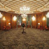 """Le Salon du """"Chat du Bristol"""", Fa raon - Hôtel Le Bristol Paris"""