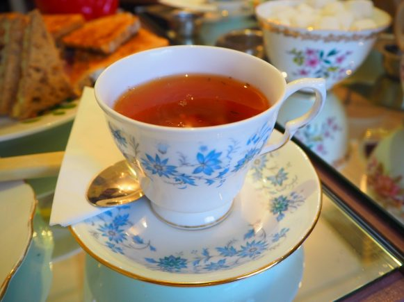Rooibos vanilla tea in its Vintage China cup