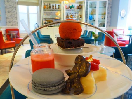 Ampersand science afternoon tea