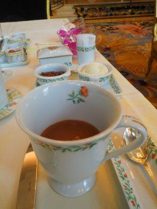 Hot Chocolate / Chocolat Chaud
