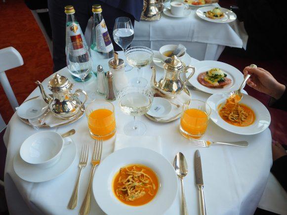 Orange Juice, Soup & Tea