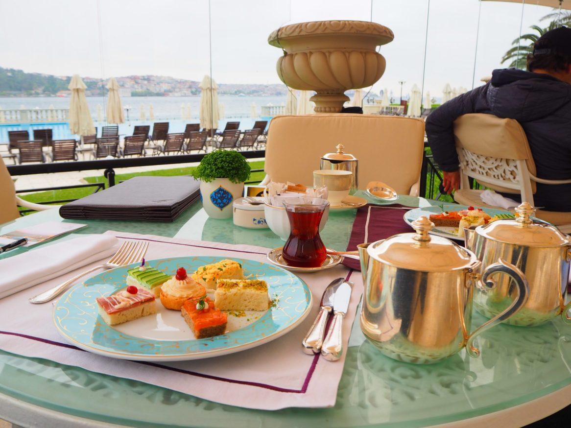 Çırağan Palace Kempinski IstanbulAfternoon Tea (Gazebo terrace)