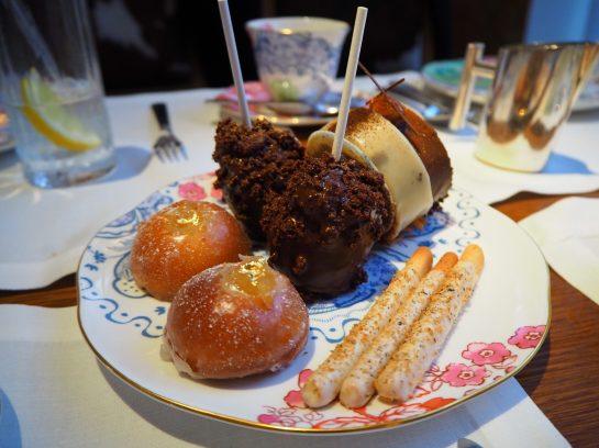 Les Gâteaux & Pâtisseries / The Cakes & Sweets