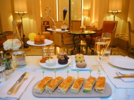 Afternoon Tea at Hotel Plaza Athénée Paris – Review ★★★★★ (English/Anglais)