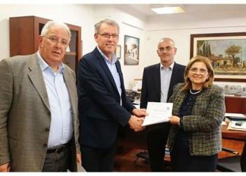 Αλλάζει φώτα για εξοικονόμηση έως και €300 χιλ. ο Δήμος Λακατάμιας
