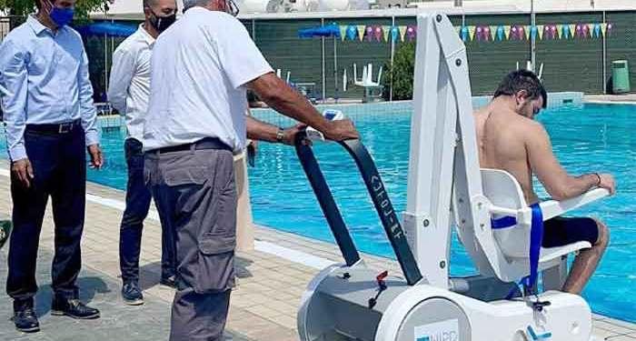 Νέος, σύγχρονος εξοπλισμός για το Δημοτικό Κολυμβητήριο Αγλαντζιάς - Ειδικός ανελκυστήρας για άτομα με κινητικά προβλήματα