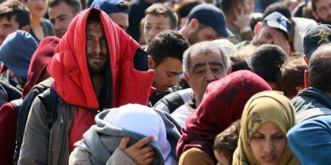 Μεταφορά προσφύγων στη Κρήτη
