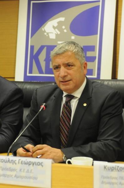 Αυτοδιοίκηση προειδοποιεί την Κυβέρνηση Γιώργος Πατούλης