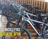 Entrega de bicicletas para a polícia de Afuá