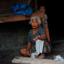 85 Han Eken Oude vrouw op Sumatra
