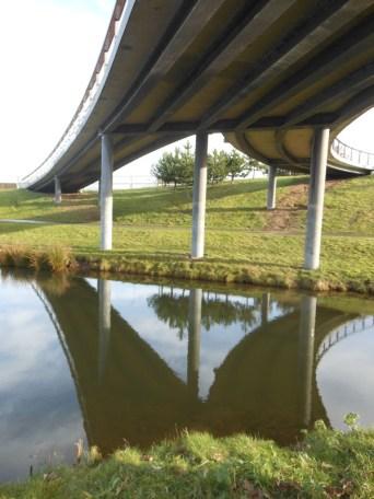 Fietsbrug park Overbos DSCN0680