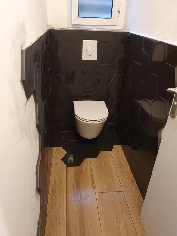 un cabinet de toilette tendance