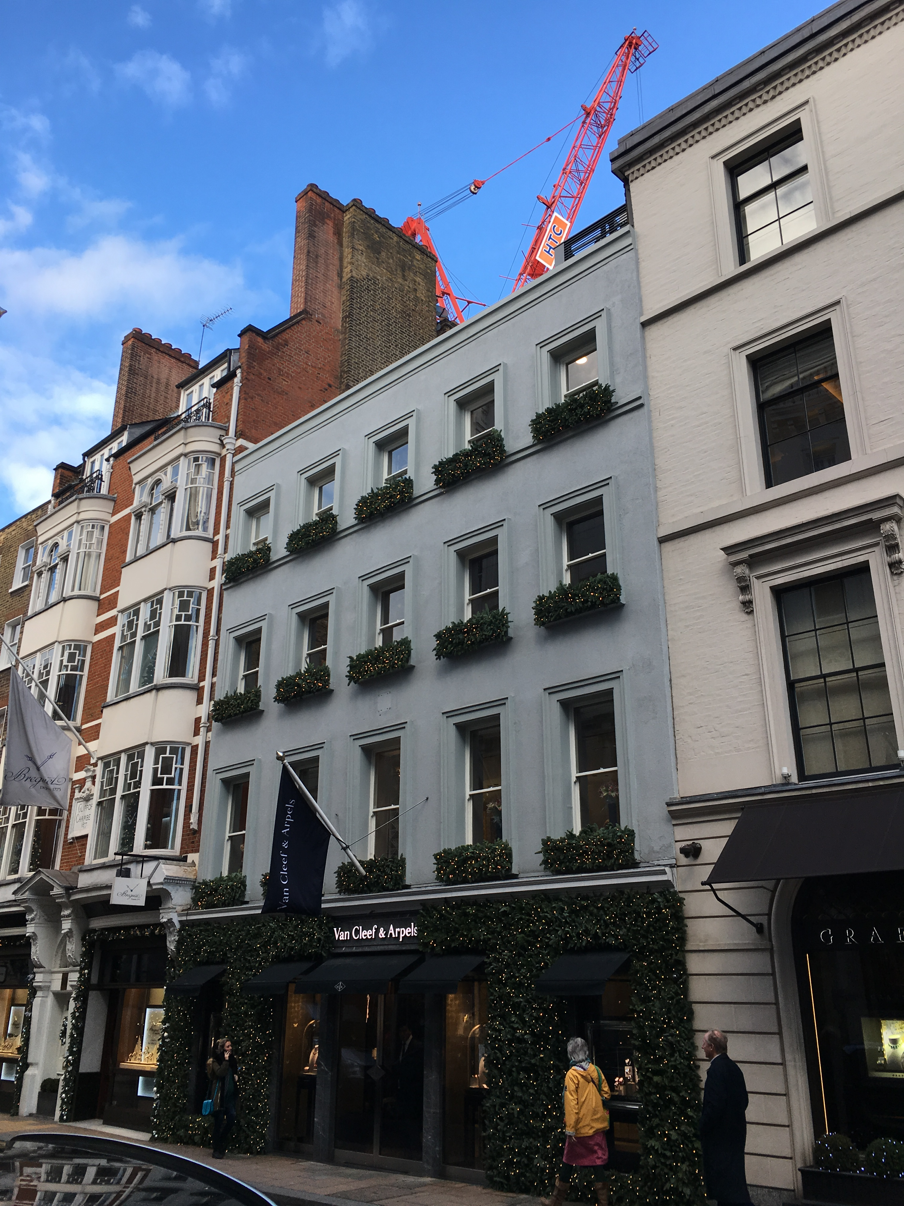 Main photo of 9 New Bond Street – VanCleef & Arpels