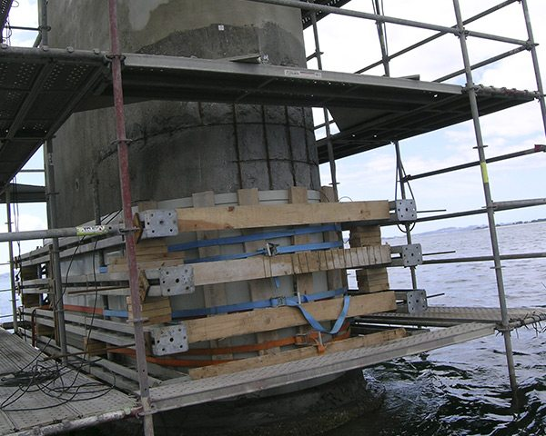 Concrete corrosion bridge
