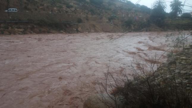 السيول تعزل 5 دواوير بجبال إداوتنان