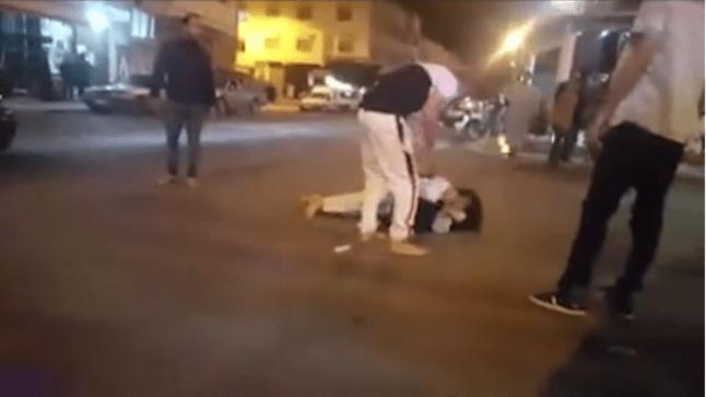توقيف شخص ظهر في فيديو بالدشيرة يعتدي بالضرب على زوجته (شاهد)