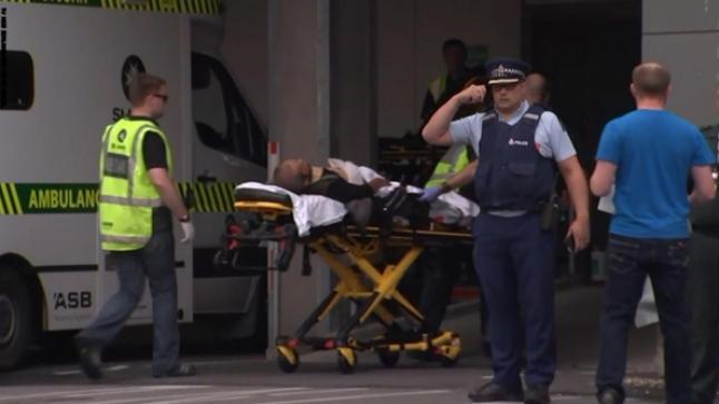 مقتل 49 شخصا في هجوم إرهابي على مسجدين بنيوزيلندا