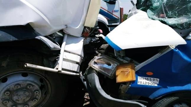 عطل ميكانيكي يتسبب في حادثة سير خطيرة ضواحي تارودانت (صور)