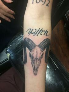 skull_wtch_tattoo
