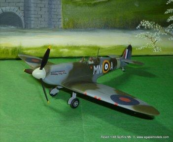 Spitfire IIa 002