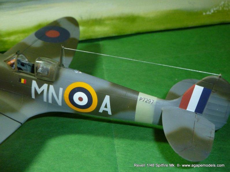 Spitfire IIa 007
