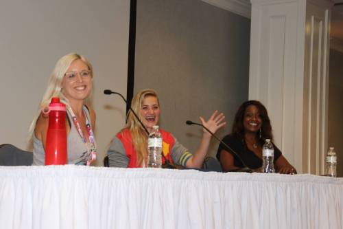 geek saga podcast episode 9 aj michalka stevonnie kimberly brooks jasper beach city con