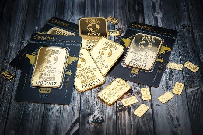 Gold bars (bullion)