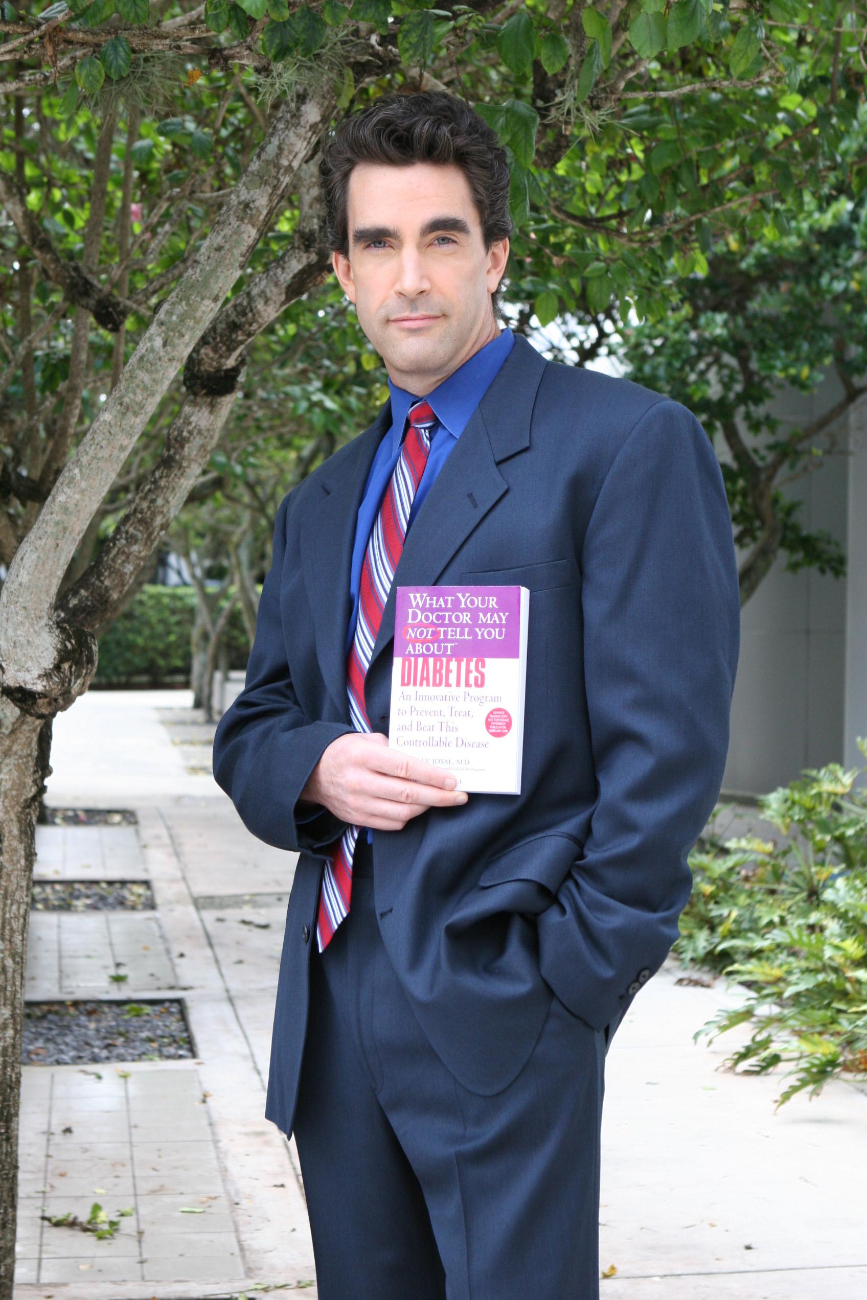 Dr. Steven Joyal