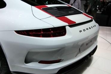 Porsche-911-R-19-680x453