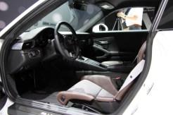 Porsche-911-R-9-680x453
