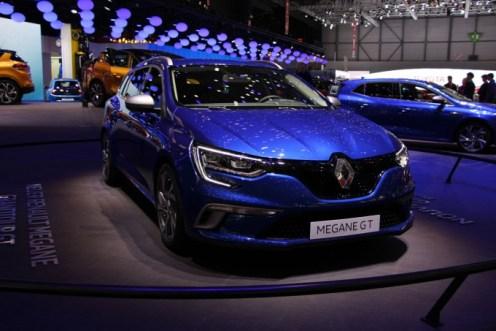 Renault-Megane-Estate-4-680x453