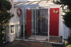 En exclusivité SIA, maison de vacances composée d'un salon, ... à Saint-Hilaire-de-Riez - Eliot Immobilier St Gilles
